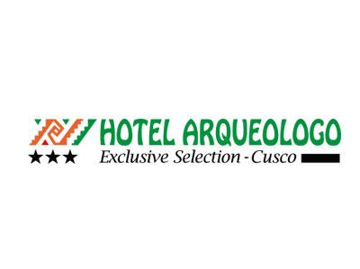 logo hotel arqueologo